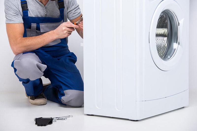 Electriciens qualifiés pour interventions rapides