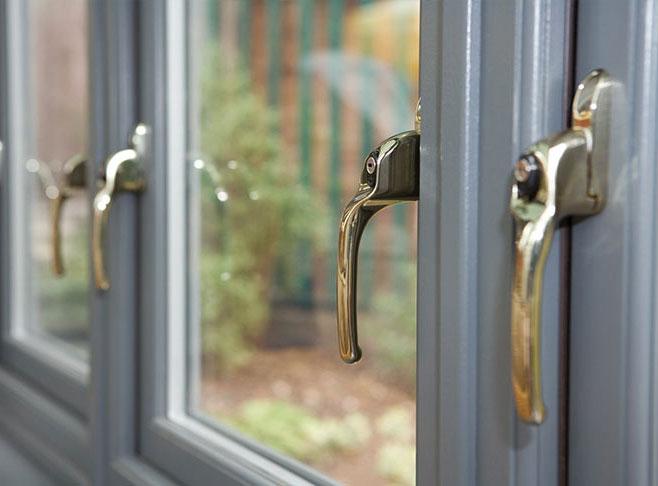 Réparation et installation de serrures, de portes et d'ouvertures